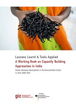 Download Broschure Capacity building